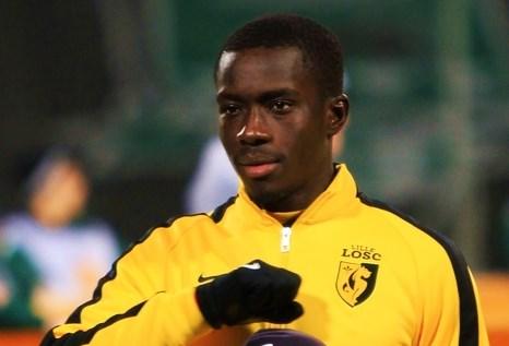 Idrissa Gueye au LOSC (By Владислав Федченко (soccer.ru) [CC BY-SA 3.0 (http://creativecommons.org/licenses/by-sa/3.0), CC BY-SA 3.0 )