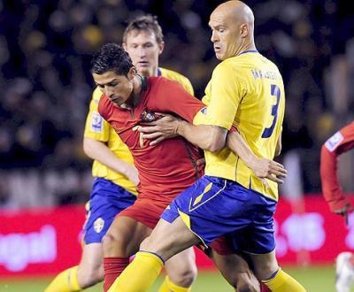 Portugais et Suédois se retrouvent après les éliminatoires à la CDM 2010 où le Portugal (2ème) avait fini devant la Suède (3ème) et s'était qualifié pour les barrages.