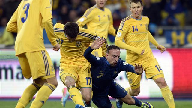 La France n'a rien pu faire face à un bloc ukrainien très physique qui a bloqué Ribéry par tous les moyens.