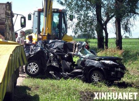La voiture de Buonanotte, qui n'est plus que carcasse après l'accident