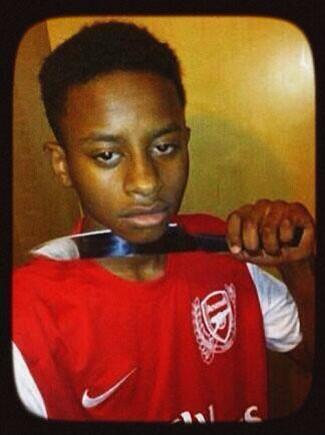 Les fans d'Arsenal... si Özil se blesse !!!