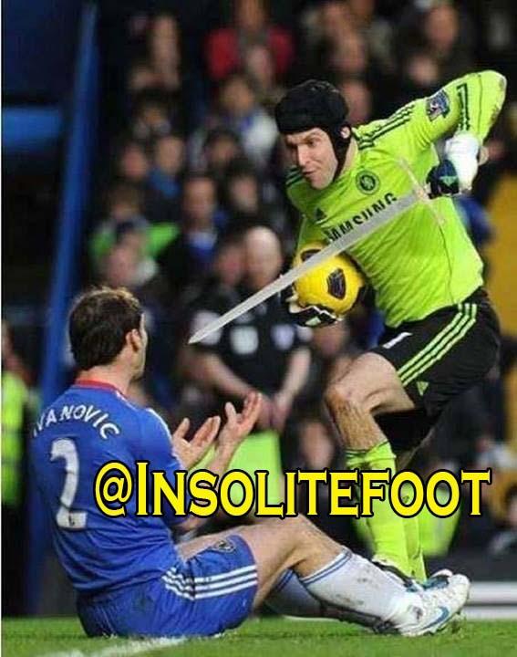 Ne plaisante pas avec Cech!