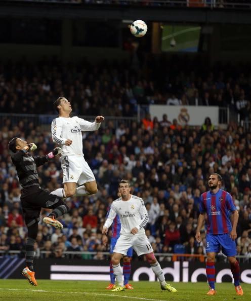 Cristiano Ronaldo, l'homme-volant !