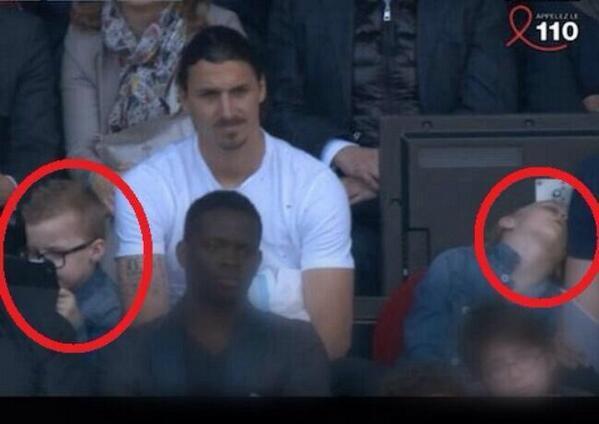 Les fils d'Ibrahimovic sont vraiment passionnés par le foot !!