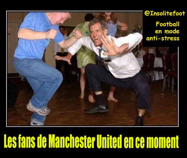Selon la presse anglaise le licenciement de David Moyes est imminent,  voici la réaction des fans de #ManchesterUnited!!!