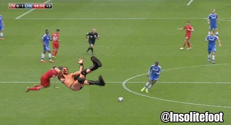 Voilà pourquoi Steven Gerrard a ouvert le chemin du but à Demba Ba !!