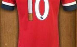 Wilshere apparaît en train de fumer, il va jouer avec ce maillot dimanche !!!