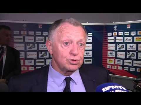 OL : Aulas tape du poing sur la table après la défaite à Montpellier
