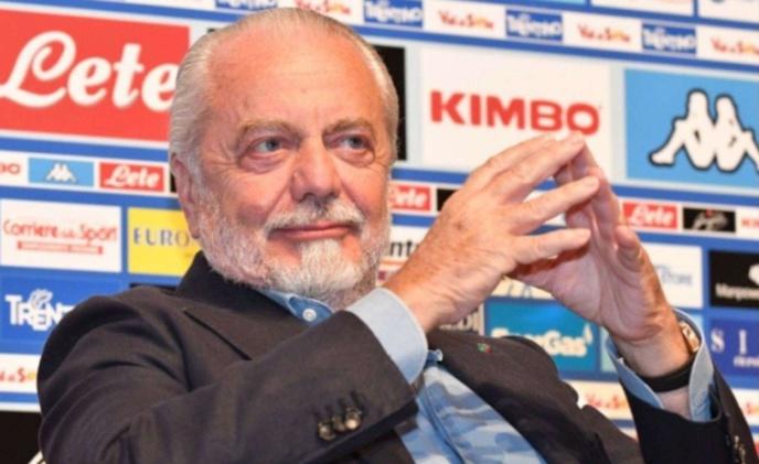 Naples : De Laurentiis envoie une pique à la Juventus