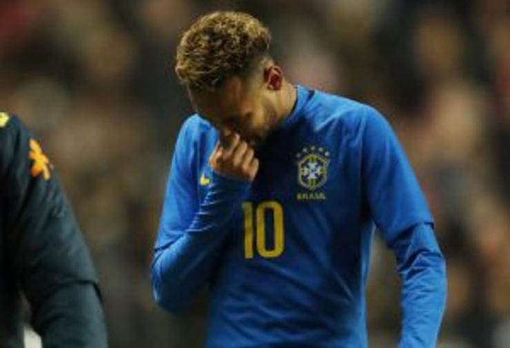 PSG : cote de popularité en berne pour Neymar
