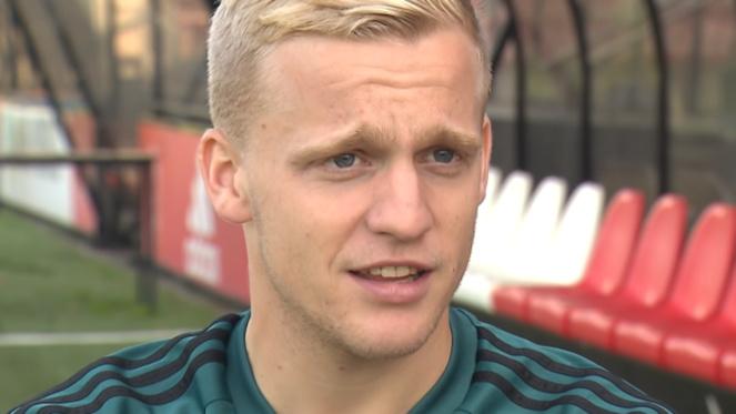 Donny van de Beek : milieu de terrain néerlandais de l' Ajax Amsterdam