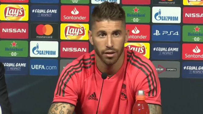 Real Madrid : Sergio Ramos (troll Ajax Amsterdam)