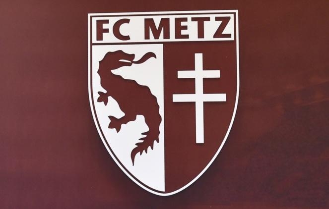 FC Metz - Algérie : Alexandre Oukidja