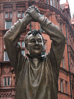 La statut de Brian Clough installée à Nottingham