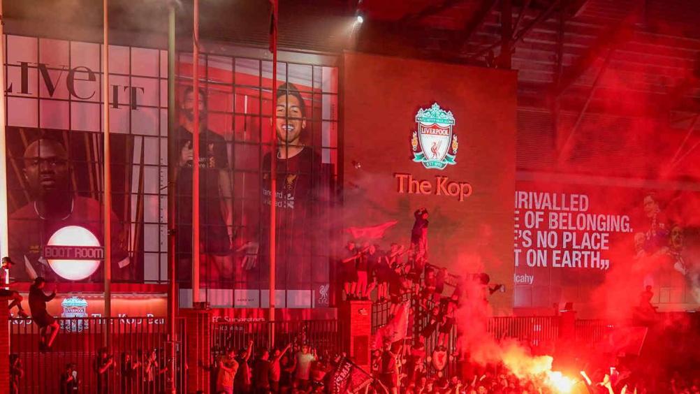 Premier League : Liverpool champion, Martial 3 étoiles, Pulisic met City K.O.