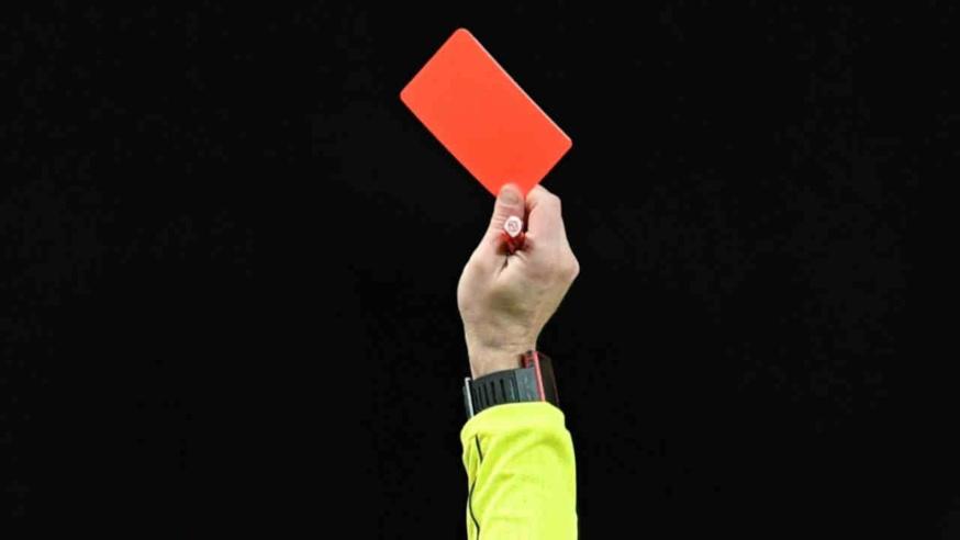 PSG - Basaksehir : l'arbitre principal botte en touche