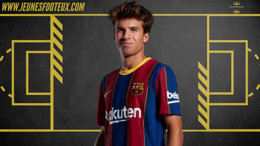 Riqui Puig a été prolongé 2 ans par le FC Barcelone, il est lié au club jusqu'en juin 2023