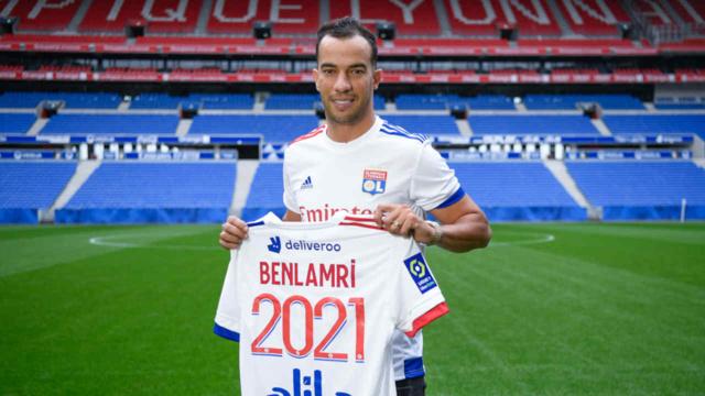 Sur le banc à l'OL, Benlamri serait convoité par Nîmes, Nice et Montpellier / Crédit : Damien LG - OL