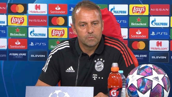 Bayern Munich : Hansi Flick tape du poing sur la table face aux rumeurs