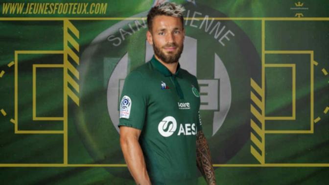 ASSE Foot : Mathieu Debuchy n'ira pas à Troyes.