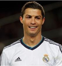 """Cristiano Ronaldo : """" la France pour y vivre ou pour y jouer """""""