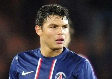 Paris : Thiago Silva souffre d'une fracture de l'os zygomatique