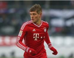 Toni Kroos restera au Bayern de Munich jusqu'en 2015 !