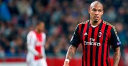 Milan AC : une offre de 8 millions d'euros de Manchester United pour Nigel De Jong !
