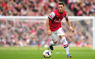 Arsenal : encore sept semaines d'absences pour Mesut Özil