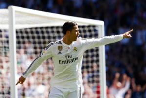 Quintuplé pour Cristiano Ronaldo contre Grenade. Le Real Madrid a fait sauter la défense andalouse et rêve au titre.