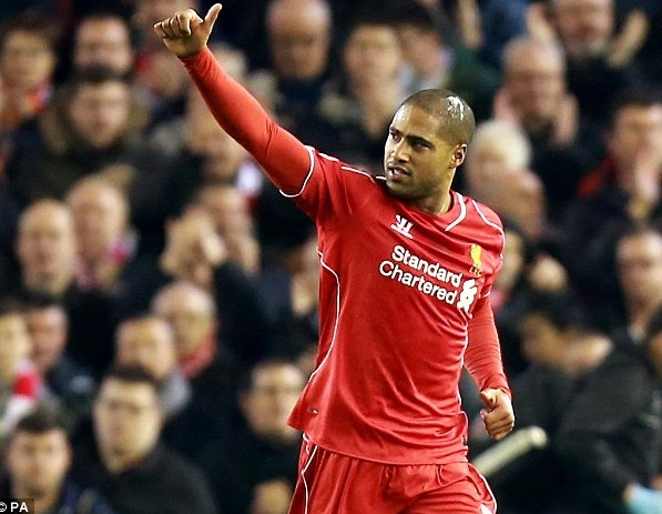 Le latéral droit de Liverpool Glen Johnson