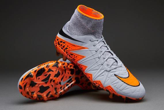 Show Shoes : Nike Hypervenom Phantom II