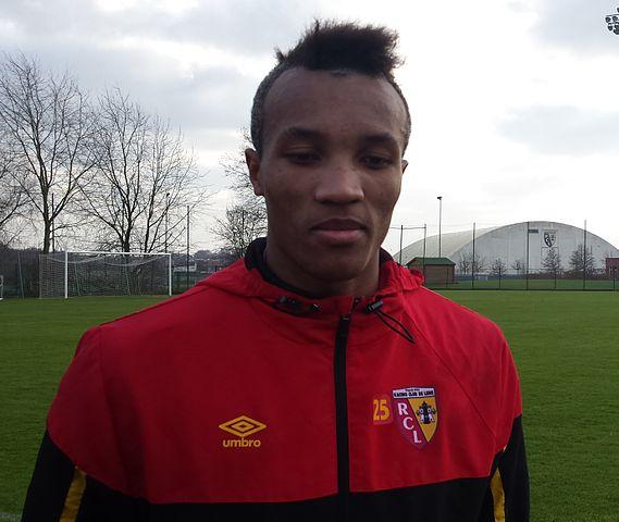 Jean-Philippe Gbamin après un entraînement public du Racing Club de Lens
