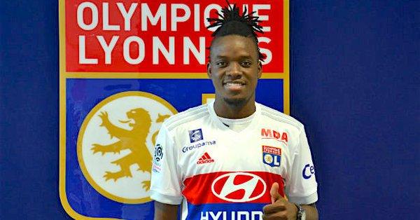 Bertrand Traoré - Site officiel de l'Olympique Lyonnais