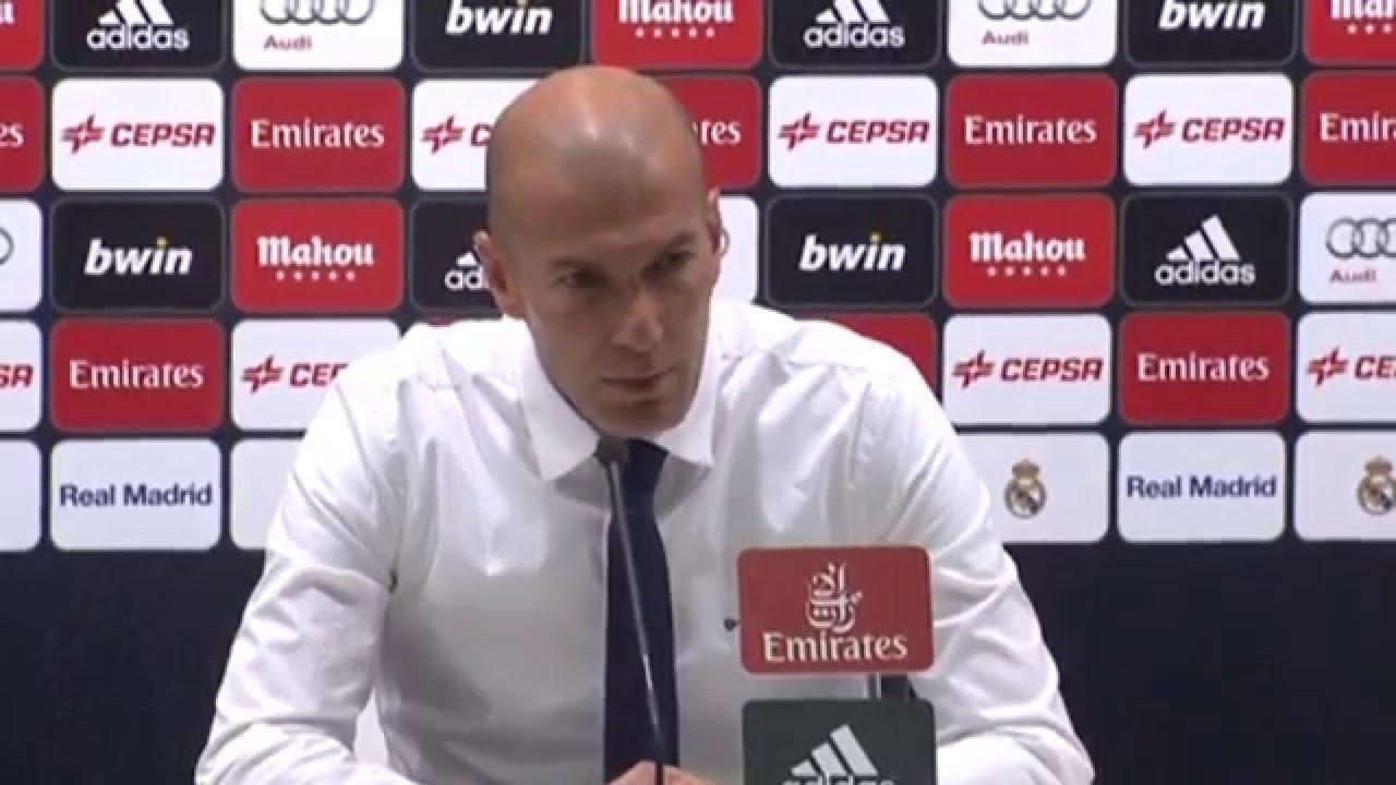 Real Madrid : Zidane prend la défense de Ronaldo !