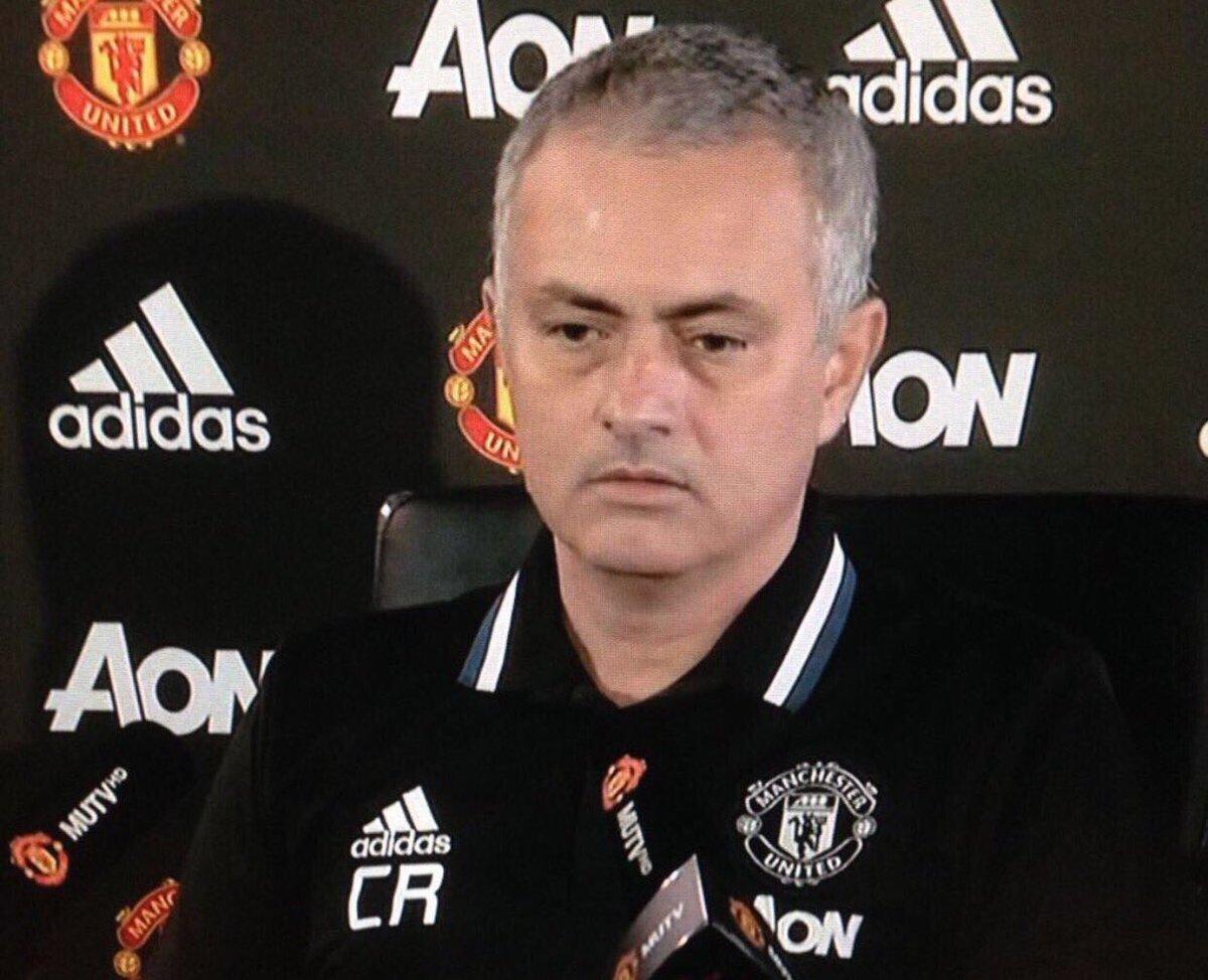 Manchester United : échanges tendus entre Mourinho et les joueurs de Manchester City