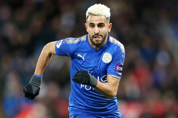 Leicester : Chris Sutton allume Riyad Mahrez