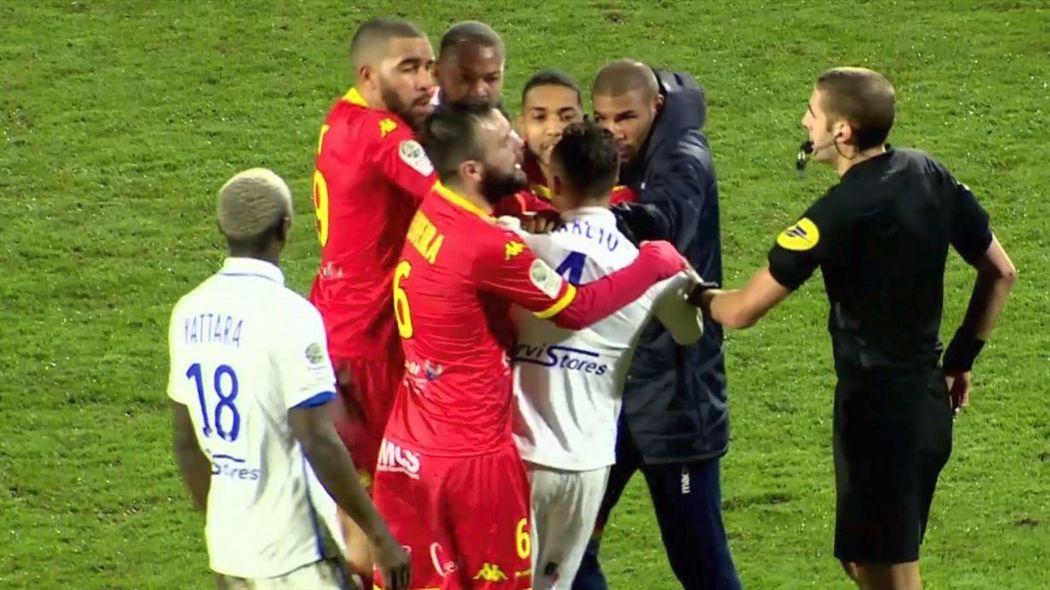 Auxerre : Pierre-Yves Polomat renvoyé à l'ASSE