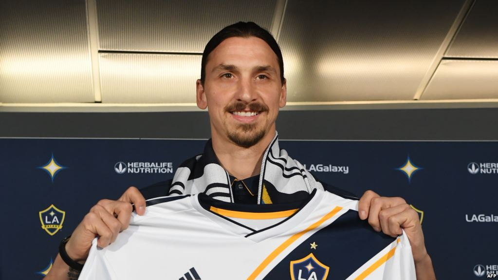 Zlatan Ibrahimovic critique le niveau de la Premier League