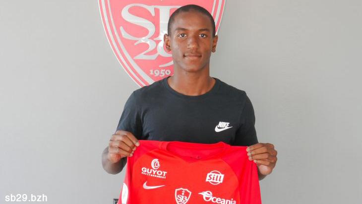 Brest, Leicester - Mercato : Ibrahima Diallo milieu de terrain du Stade Brestois - crédit : sb29.bzh