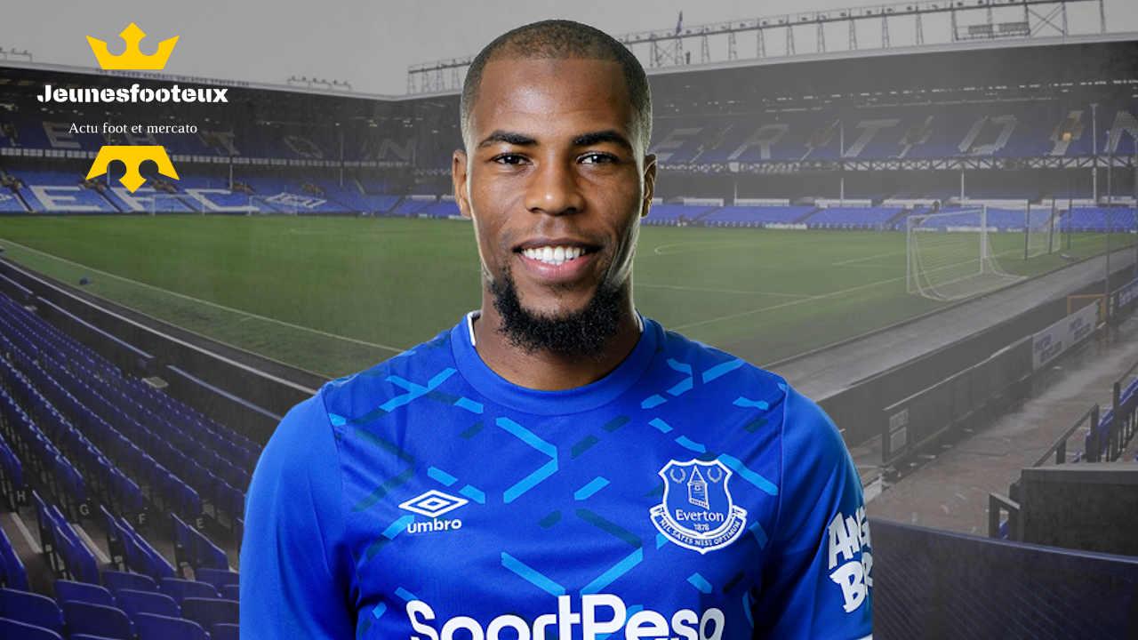 AS Monaco : Djibril Sidibé avec Everton.