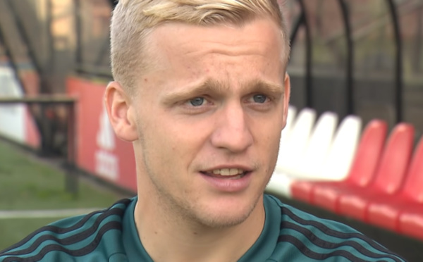 Ajax Amsterdam : Donny van de Beek file à MU !
