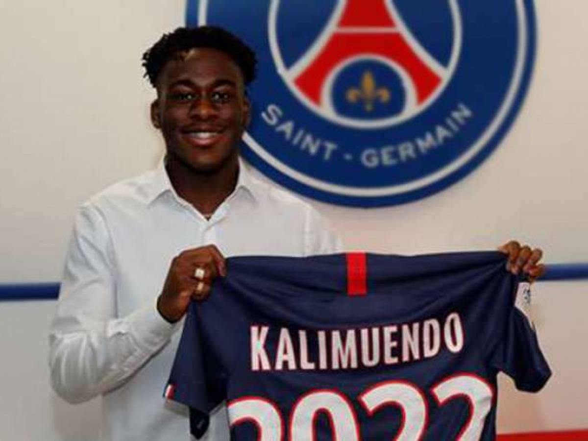 Arnaud Kalimuendo, attaquant du PSG