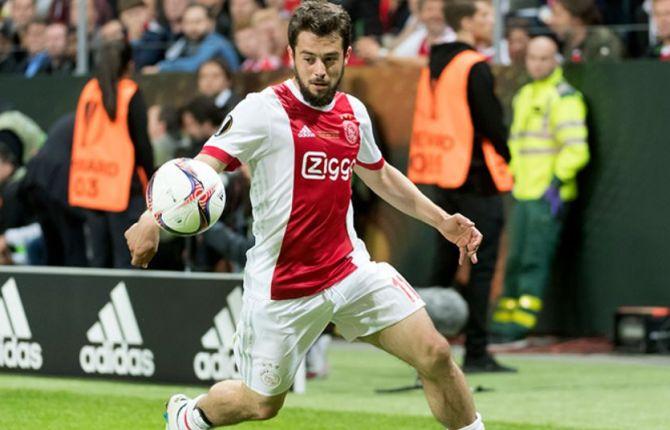 Amin Younes ici sous le maillot de l'Ajax Amsterdam.