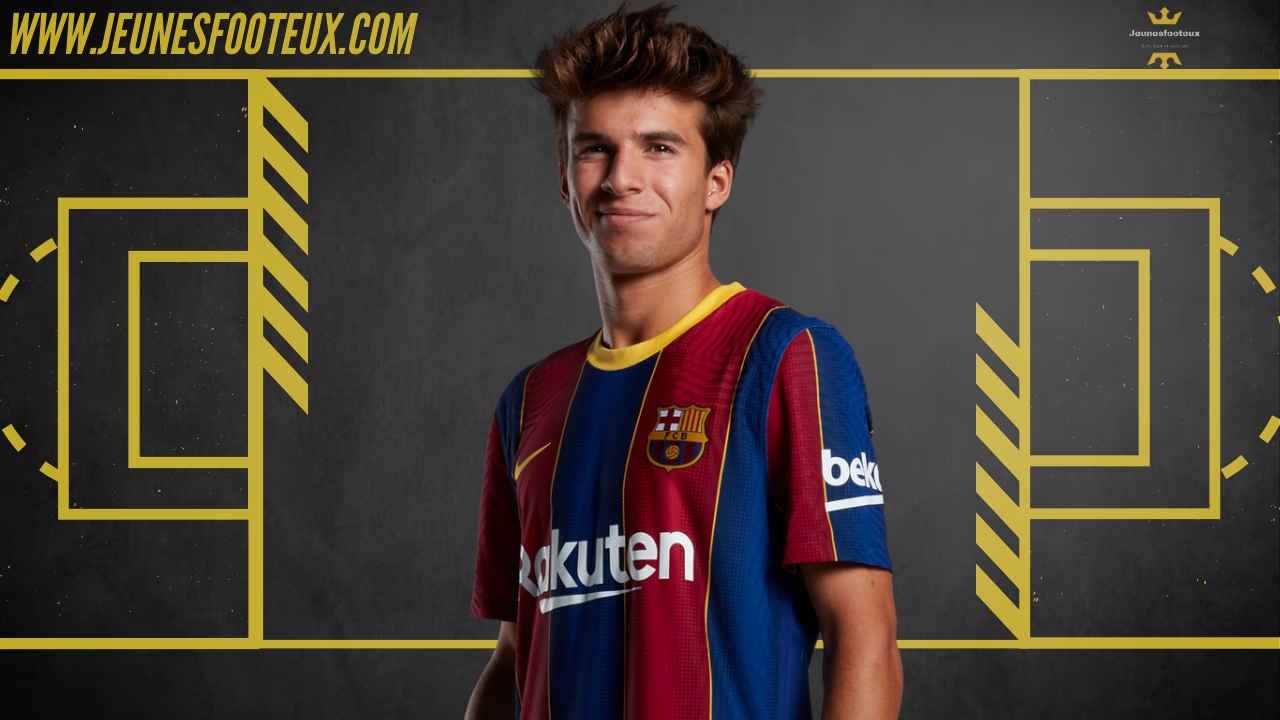 Riqui Puig, milieu de terrain formé à la Masia devrait quitter le FC Barcelone en prêt cet hiver