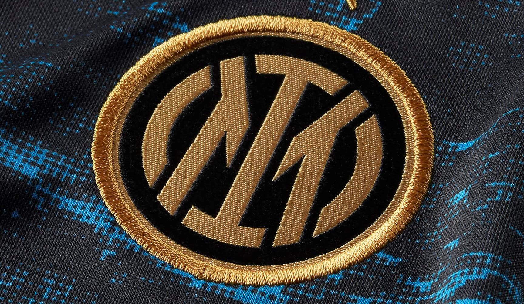 Le nouveau maillot pré-match 2021-2022 de l'Inter Milan