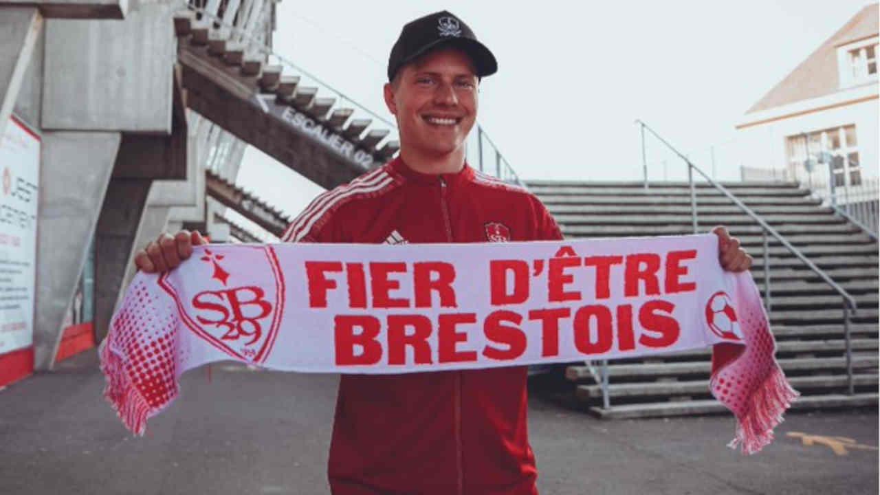 Mercato Brest : Jere Uronen signe au Stade Brestois