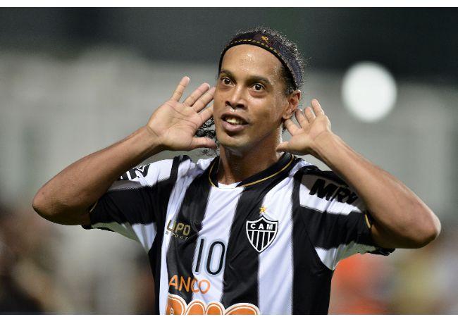 PSG : La rumeur Ronaldinho prend de l'ampleur