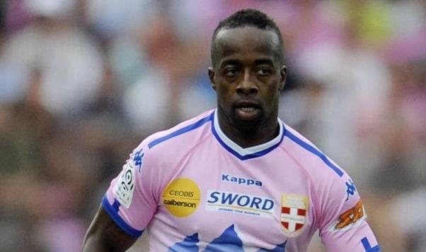 Sidney Govou vers le club de Chasselay (CFA)?