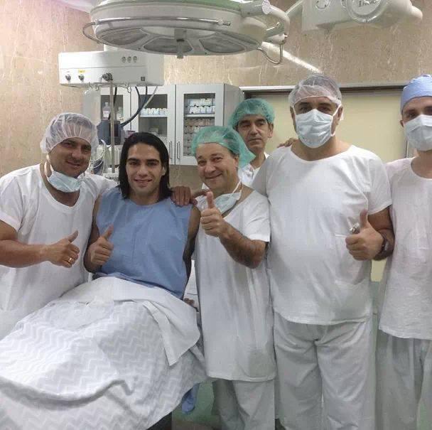 Photo : Falcao prêt à être opéré